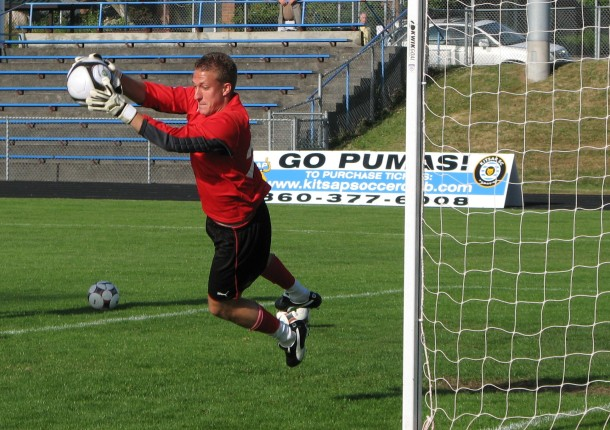 Liviu Bird trained with the Kitsap Pumas in 2009. (David Falk)