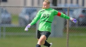 Gig Harbor grad Kaitlyn Savage tries luck with Perth Glory