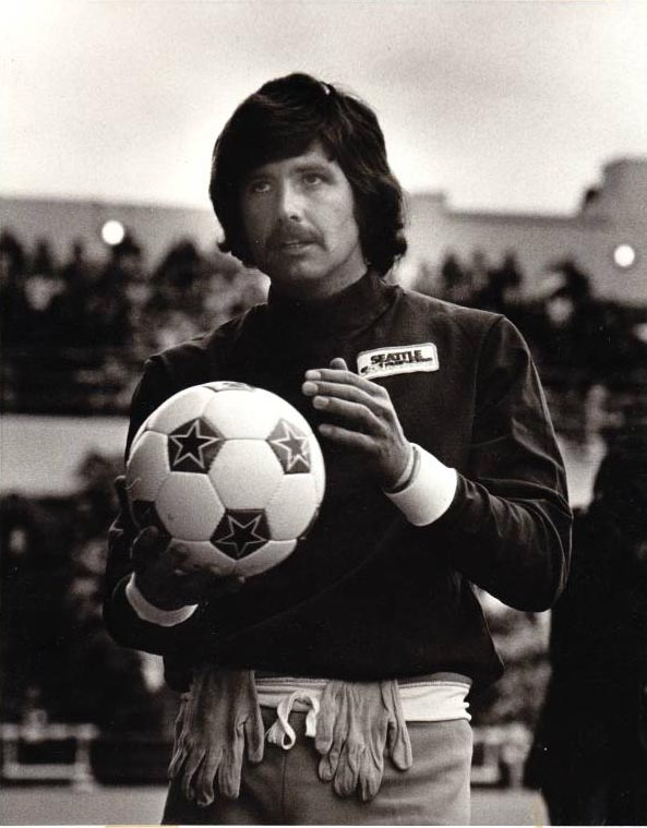 "Sounders goalkeepers have always been ""cool."" Just ask Barry Watling. (goalWA.net Museum archives.)"