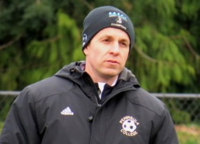 Coach Andrew Chapman returns to sidelines for Kitsap Pumas