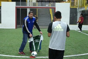 goalWA TV: Seattle United team gets surprise clinic from TonyMeola