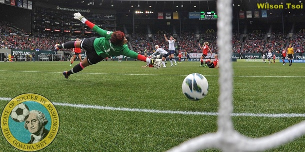 Jess Fishlock's shot finds the corner of the Portland Thorns goal in the 75th minute on Sunday. (Wilson Tsoi)