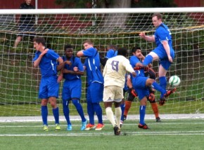 Picture Perfect: Pumas and Huskies battle to draw in WestSound