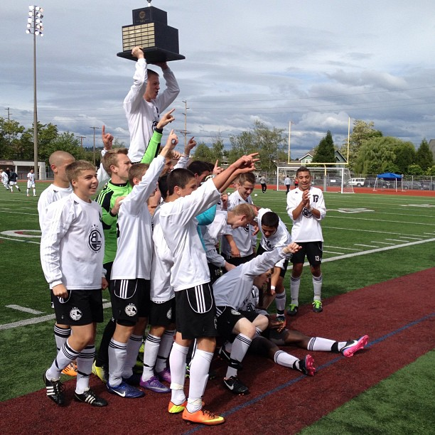 Bonney Lake Panthers are 2013 State Champs. (WIAA.com photo)