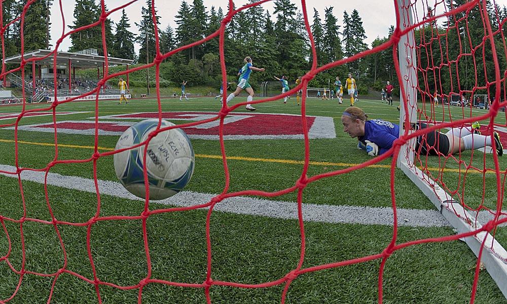 Picture Perfect: Emerald City FC animated goalGIFS