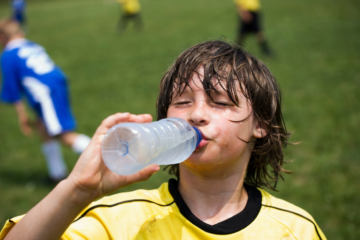 Soccer Health: Stay hydrated during those hot summer tournaments
