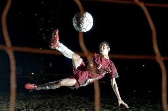 Oscar Flores scored 74 goals his junior year in high school, an Oregon record. (Walla Walla Union Bulletin / Matthew B. Zimmerman)