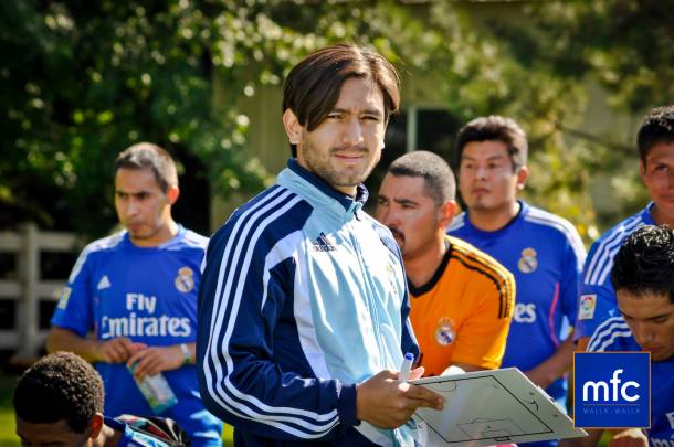Andres Crespo in the middle as coach for Madrid FC Walla Walla.