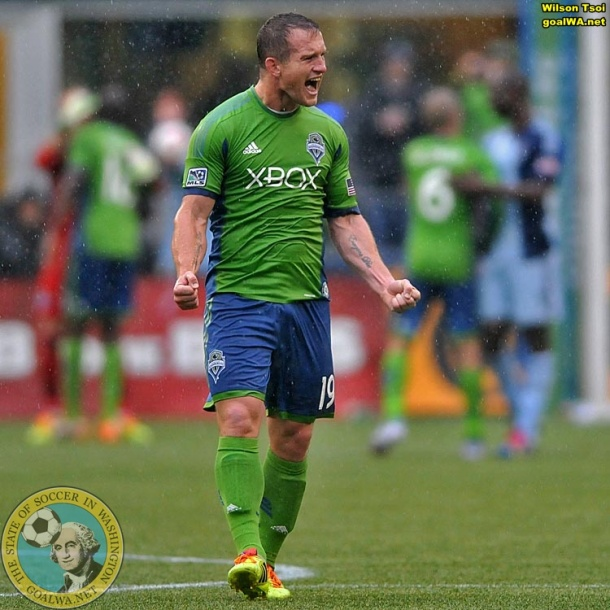 Picture Perfect Wilson Tsoi Shoots Rave Green In The Rain