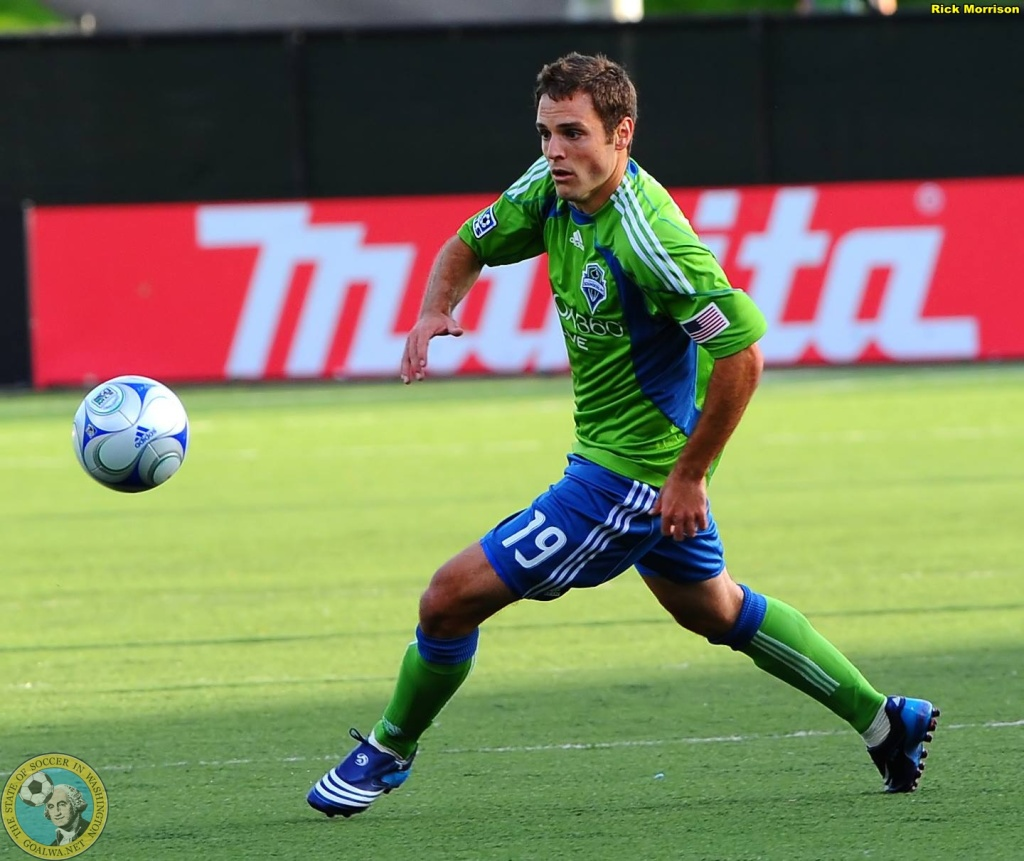 Kevin Forrest in action with the 2009 Sounders FC of MLS. (Rick Morrison)