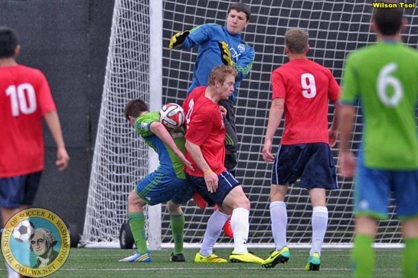 South Sound attacks the Sounders Academy goal. (Wilson Tsoi)