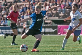 Picture Perfect: Seattle Reign FC NWSL opener by WilsonTsoi