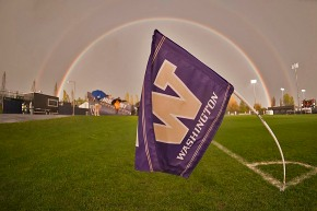Picture Perfect: UW Women v. Western Vikings by Wilson Tsoi