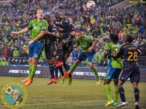 Marshall's header rescues Sounders