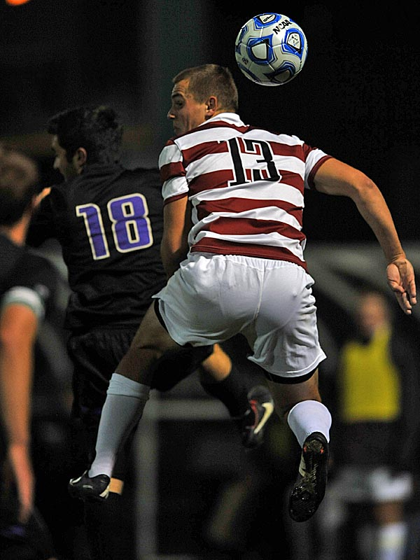 Washington men's soccer defeats Stanford 1-0 in the third round of the NCAA tournament.