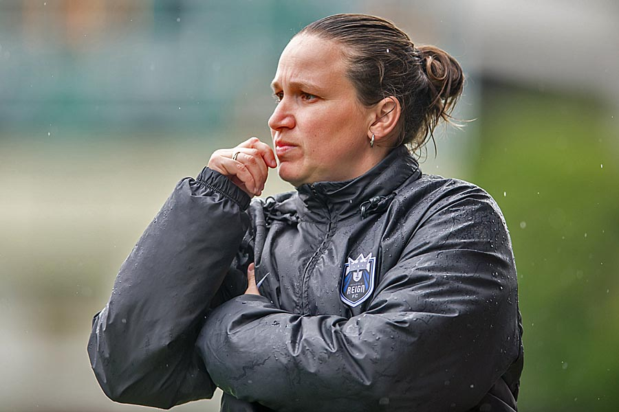 Reign FC's Laura Harvey wins FA Coach of Year awards