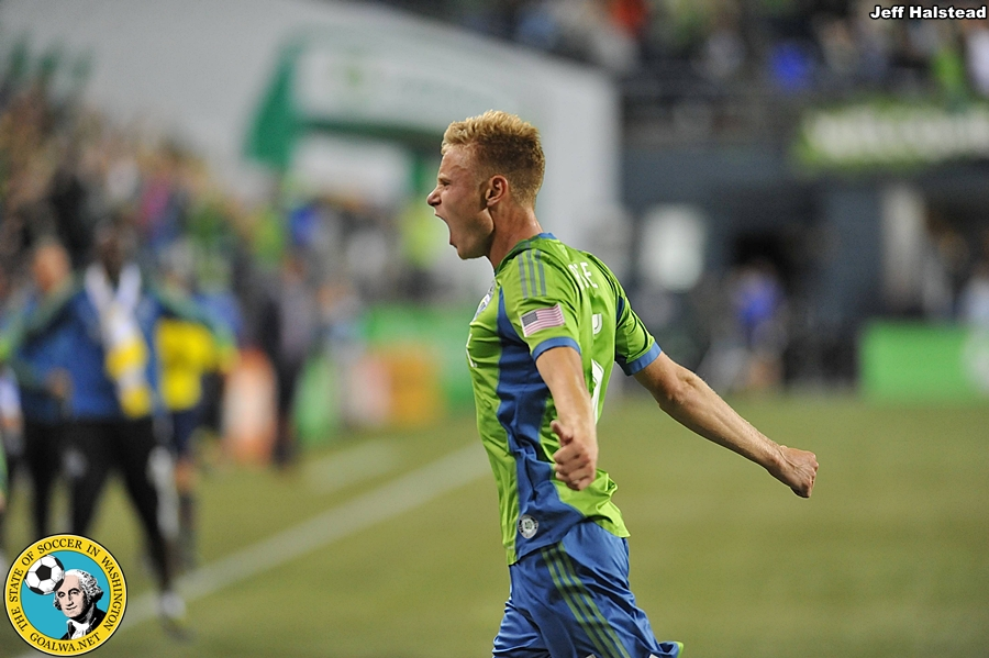 Picture Perfect: Sounders' 'Rose' to the occasion