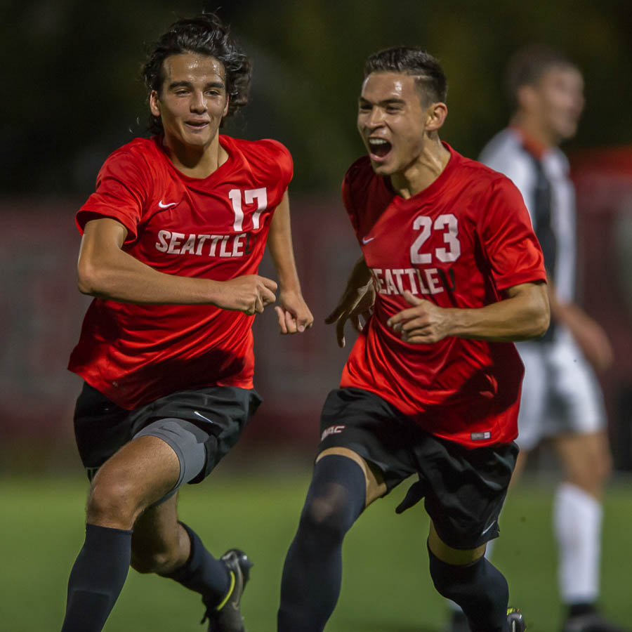 Picture Perfect: Seattle U Men beat nationally-ranked Beavers