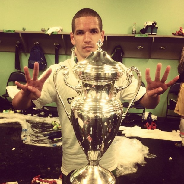 Seattle's Osvaldo Alonso holds up four fingers on each hand to signify a 4th USOC title in 6 seasons for the Sounders (Facebook)