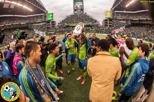 Seattle Sounders FC defeats LA Galaxy 2-0