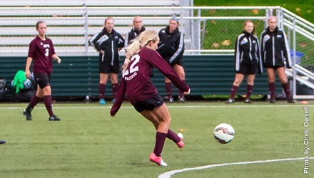 Farrell's free kick lifts Falcons to GNAC title match