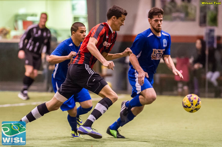 Picture Perfect: Oly Town scores with 12 seconds left to edgeArlington