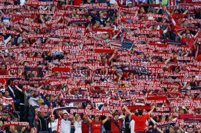 Seattle-based Ruffneck Scarves new official supplier for U.S.Soccer