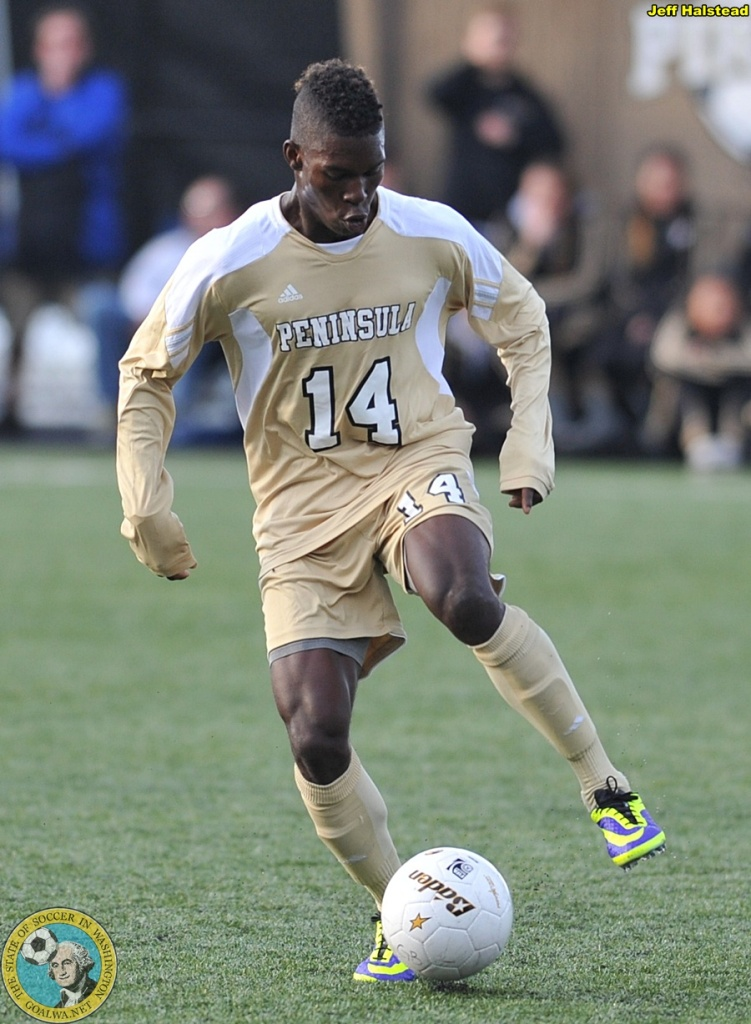 Ash Apollon in 2013 with Peninsula College. (Jeff Halstead)