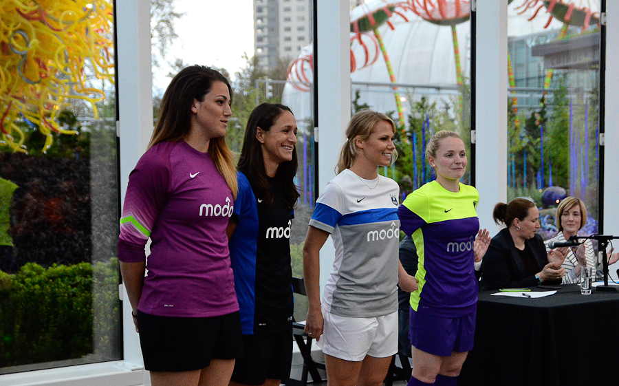 Purple Reign FC: Seattle reveals away, alternate kits (photos)