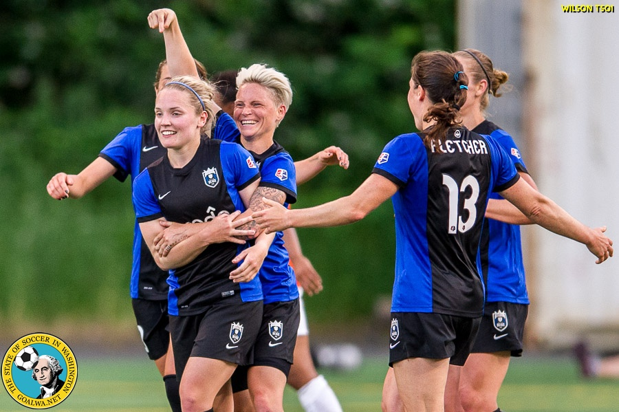 Reign host Spirit Sunday night in NWSL semifinal