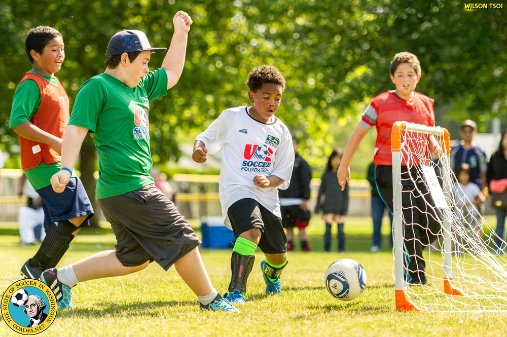 Soccer for Success program gets kids moving with EPLWA player TonyClarke