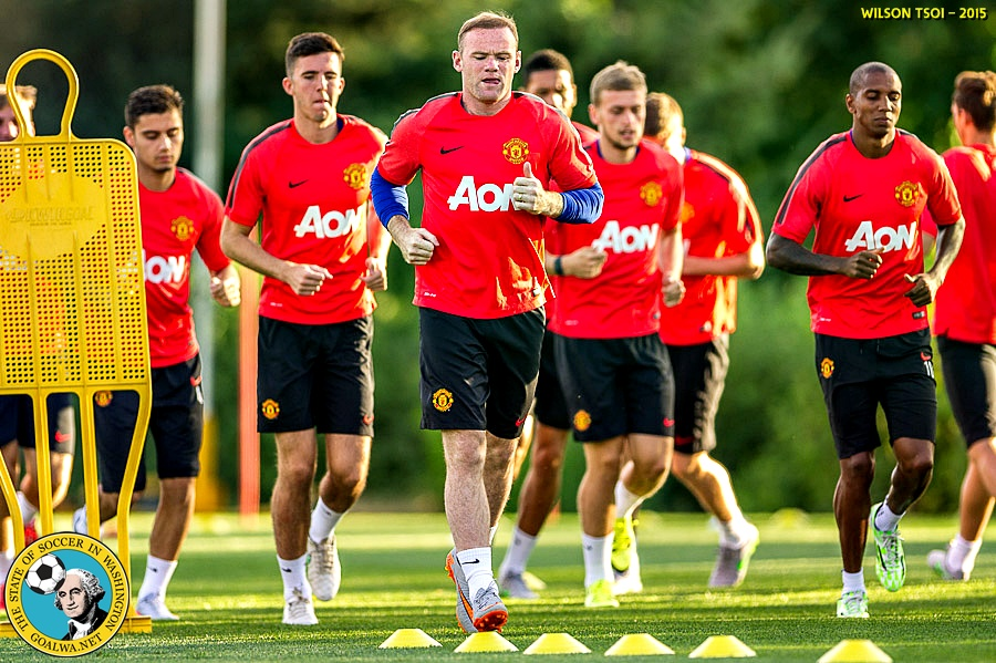 Picture Perfect: Manchester United trains at home of Seahawks (+ match previewvideos!)