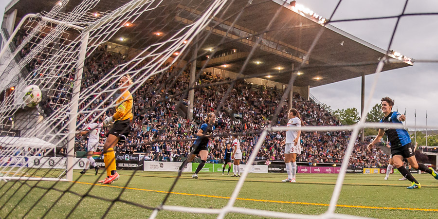 Seattle rains goals in second halfrally