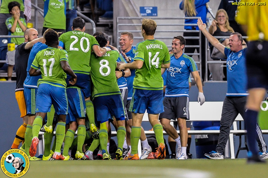 Late strike from Mears leads Sounders pastDC