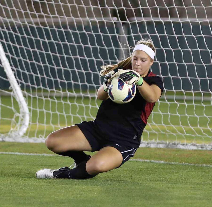 Reign FC signs goalkeeper CarolineStanley
