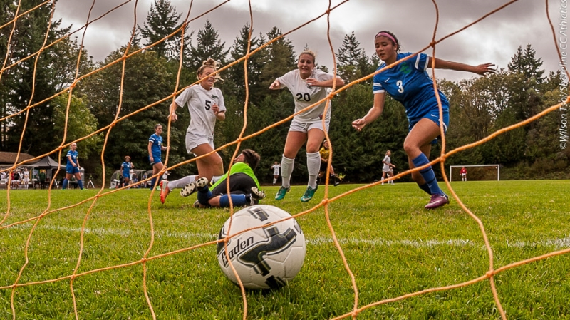 Picture Perfect: Lady Dolphins overcome 0-2 halftime deficit to defeat Edmonds CC